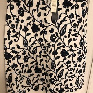 Talbots NAVY and white floral pencil skirt